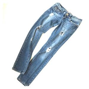Hydraulic Super Skinny Distressed Jeans 3/4